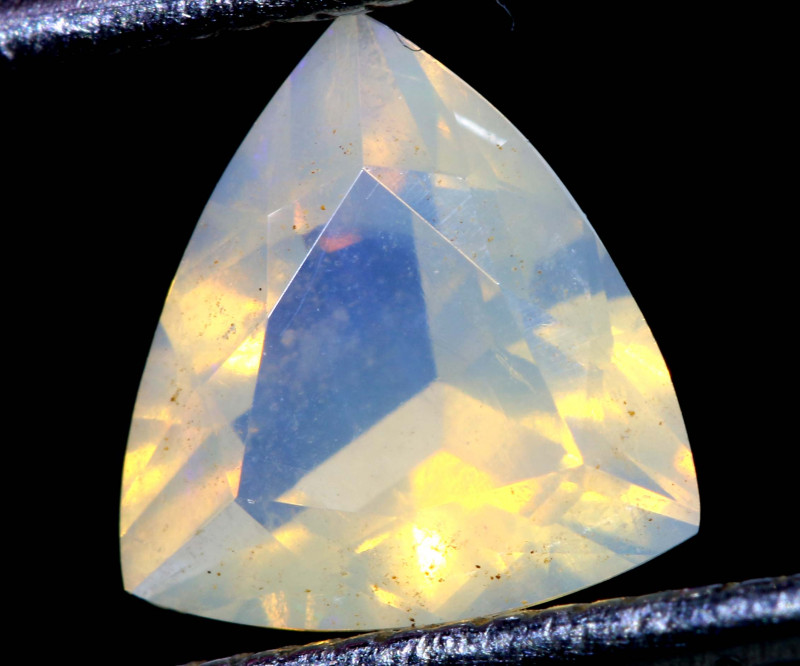 0.80 CTS LIGHTNING RIDGE FACETED CRYSTAL OPAL TBO-A2781