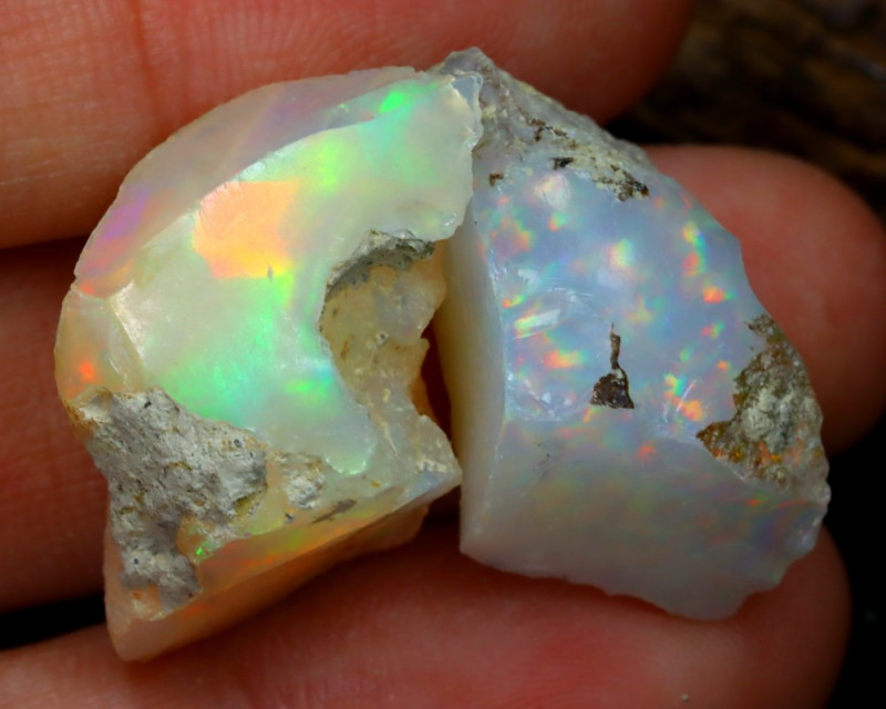 Welo Rough 23.47Ct Natural Ethiopian Play Of Color Rough Opal C0107