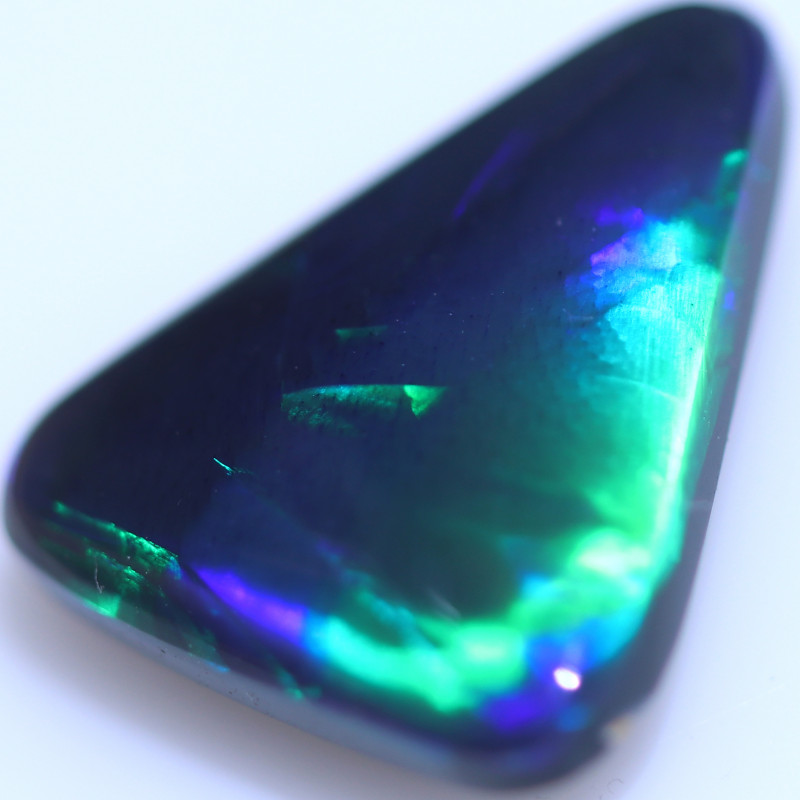3.55 CTS BLACK OPAL STONE FOR PENDENT-FROM LIGHTNING RIDGE - [LRO1819]