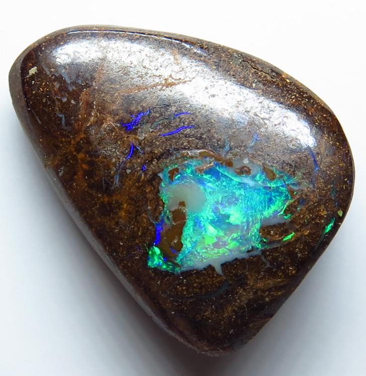 7.65ct Australian Boulder Matrix Pipe Opal Stone