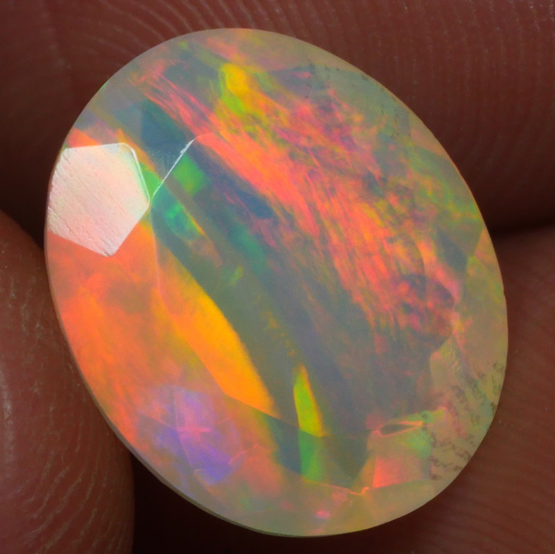 3.400 CRT BRILLIANT FACETED BEAUTIFUL PERFECT FULL PLAY COLOR  WELO-