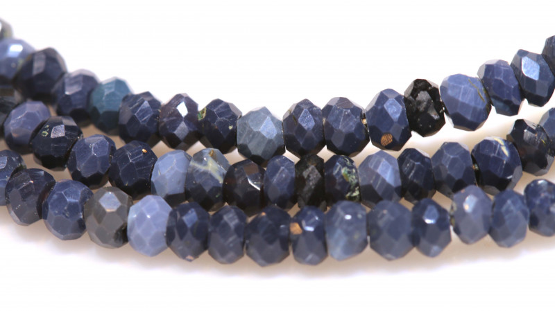 31.85 CTS  L RIDGE BLACK OPAL FACETED BEADS STRAND TBO-3051