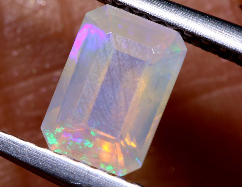 0.65 CTS CRYSTAL OPAL FACETED STONE L.RIDGE  TBO-A3000