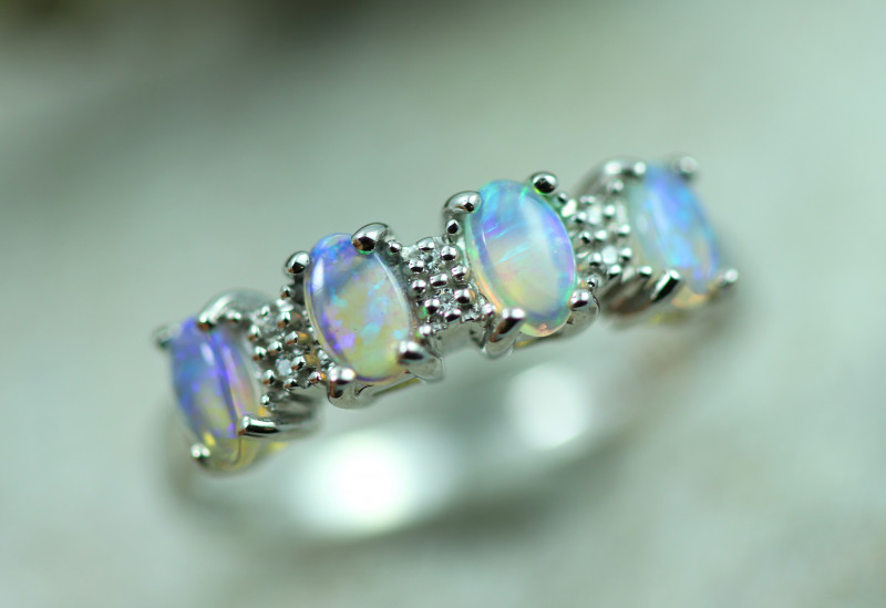 Opal Fire  Crystal set in Silver 925 Ring   Code CCC2593
