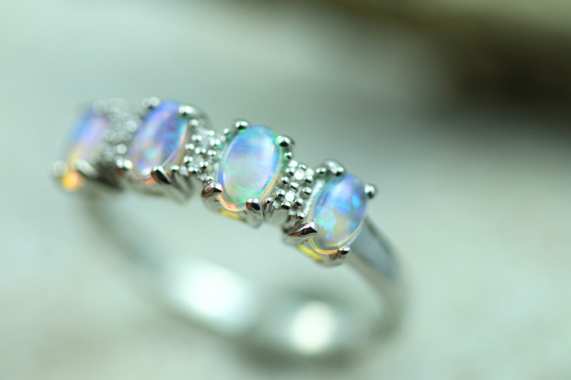 Opal Fire  Crystal set in Silver 925 Ring   Code CCC2594