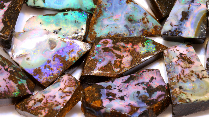 1340cts boulder opal pinky red large blocked out rub parcel 30PCS