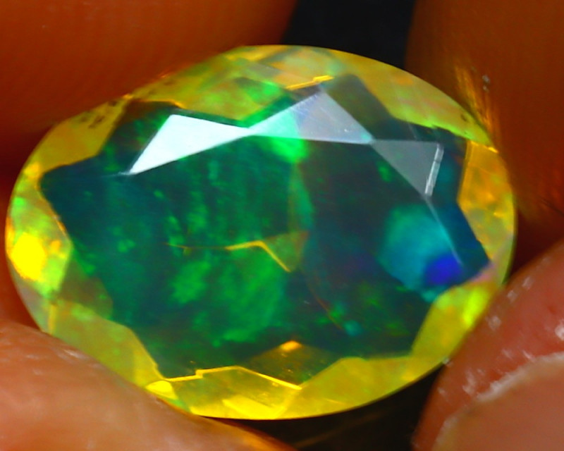 Welo Opal 1.73Ct Natural Ethiopian Play of Color Opal JR235/A44