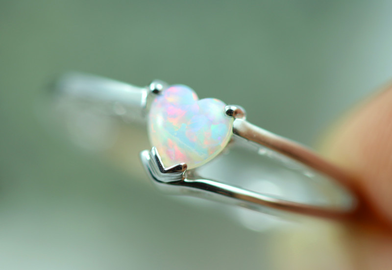 Lovers Heart Opal Fire  Crystal set in Silver 925 Ring  Size7 Code CCC2621