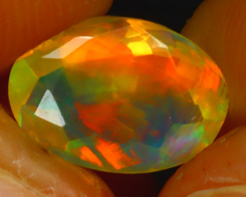 Welo Opal 1.62Ct Natural Ethiopian Play of Color Opal HR197/A44