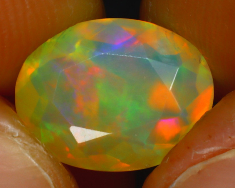Welo Opal 2.27Ct Natural Ethiopian Play of Color Opal HR209/A44