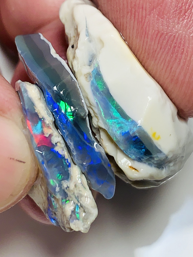 Stunner Seams- 40 CTs of Multicolour Bright Rough Opals#814