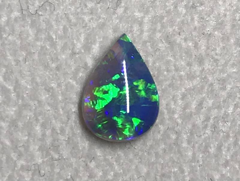 0.98 cts Black Crystal Opal - Lightning Ridge