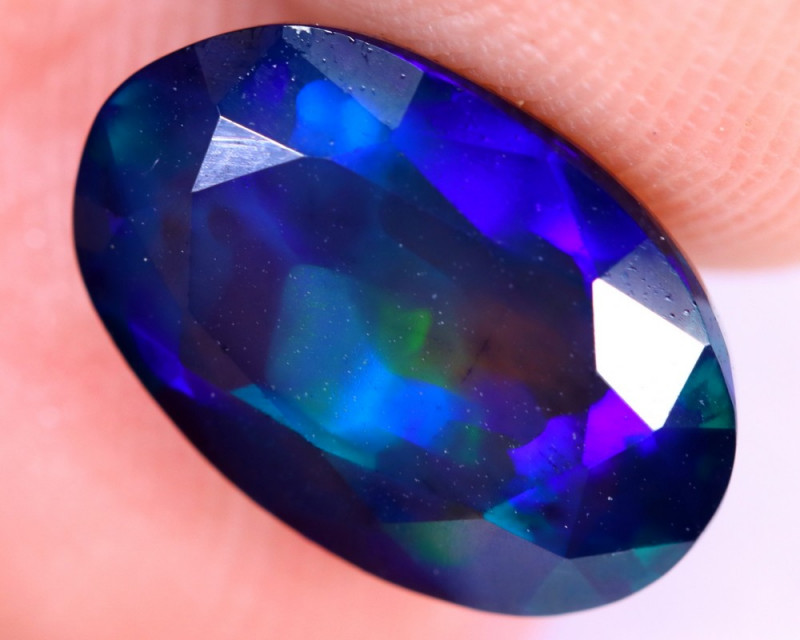 2.44cts Natural Ethiopian Welo Faceted Smoked Opal / NY2012