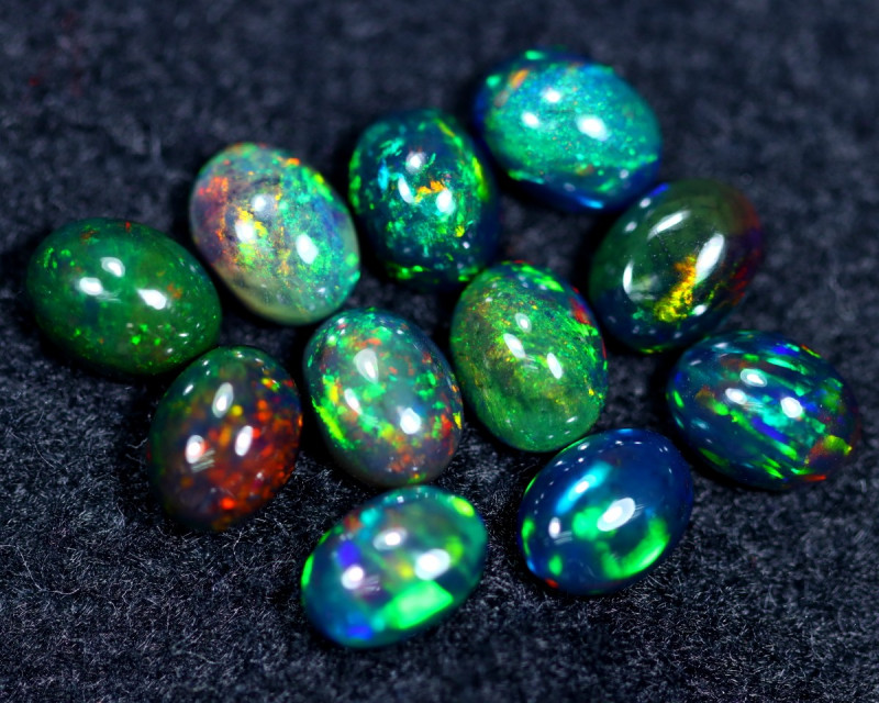 8.42cts Natural Ethiopian Welo Smoked Opal Parcel Lot / HM2387