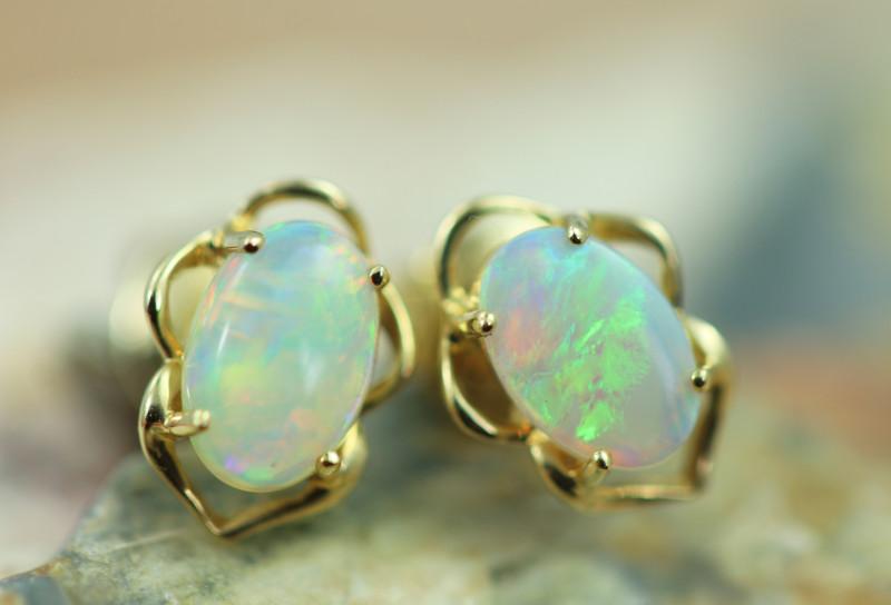 Cute Crystal  Opal set in 14k Yellow Gold Earring CK 504