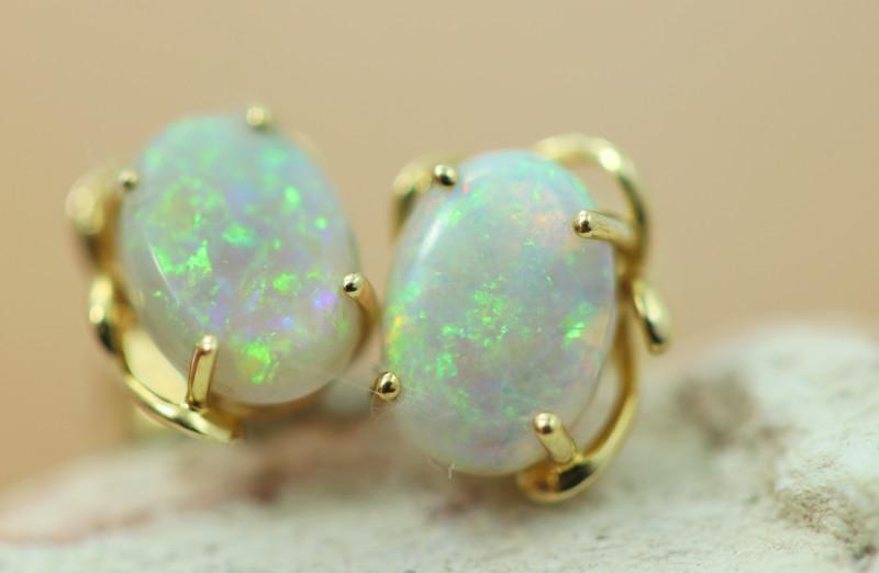 Cute Crystal  Opal set in 14k Yellow Gold Earring CK 542