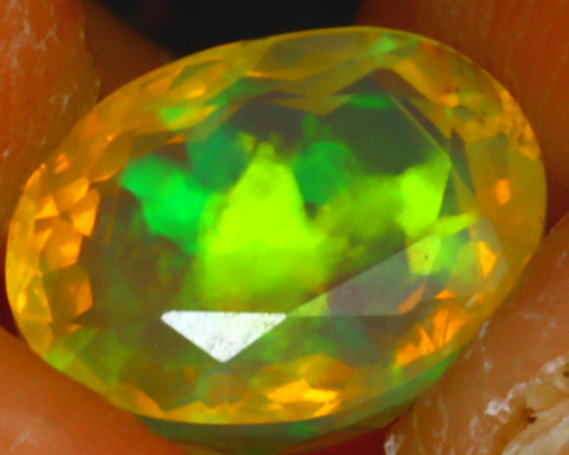 Welo Opal 1.62Ct Natural Ethiopian Play of Color Opal HF2316/A44