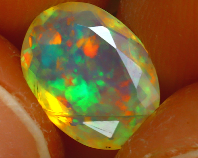 Welo Opal 1.11Ct Natural Ethiopian Play of Color Opal JF2416/A44