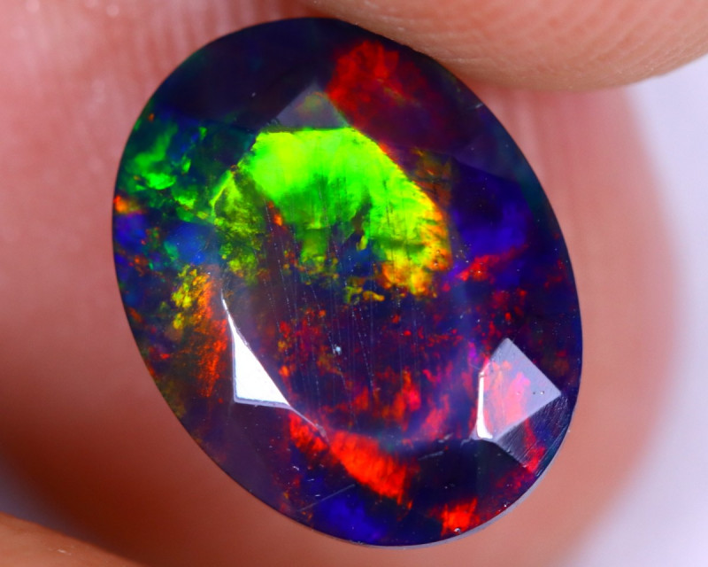 1.65cts Natural Ethiopian Welo Faceted Smoked Opal / NY2191