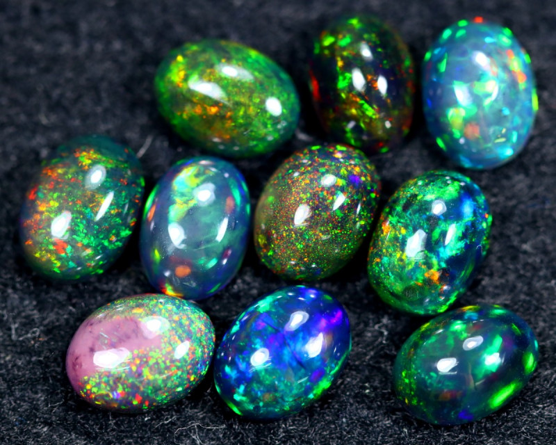 SMOKED WELO OPAL  7.70cts Parcel Lot  Opal / BF7092