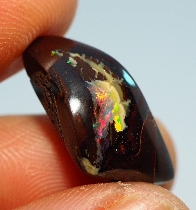10.90CTS  YOWAH OPAL WITH AMAZING PATTERN  MK53