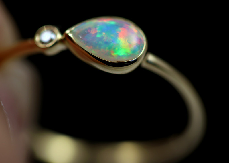 Crystal Opal set in18 k Yellow Gold Ring Size 6 CK 638