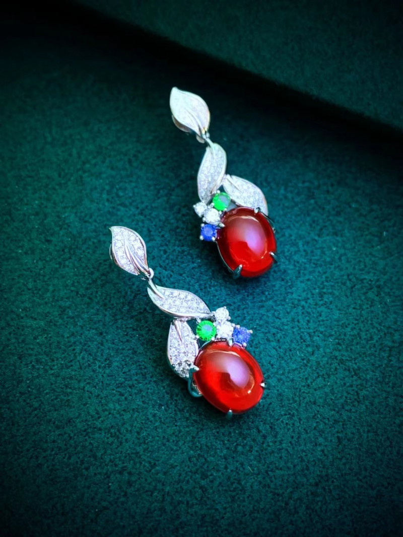 Mexican Natural Red Fire Opal 18K Gold Diamonds Earrings Wedding Jewelry