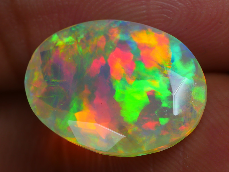 3.180 CRT BEAUTIFUL BRIGHT PATCH FACETED MULTI PLAY COLOR  WELO*