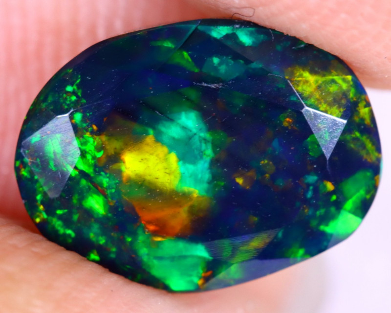 1.65cts Natural Ethiopian Welo Faceted Smoked Opal / NY2616