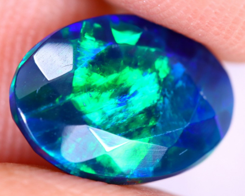1.88cts Natural Ethiopian Welo Faceted Smoked Opal / NY2632