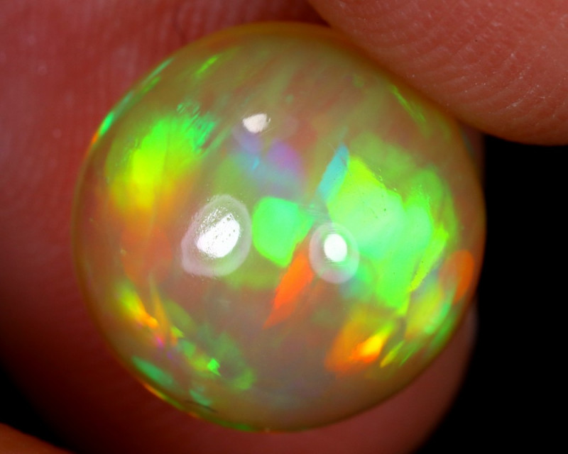 3.37cts Natural Ethiopian Welo Opal / UX745