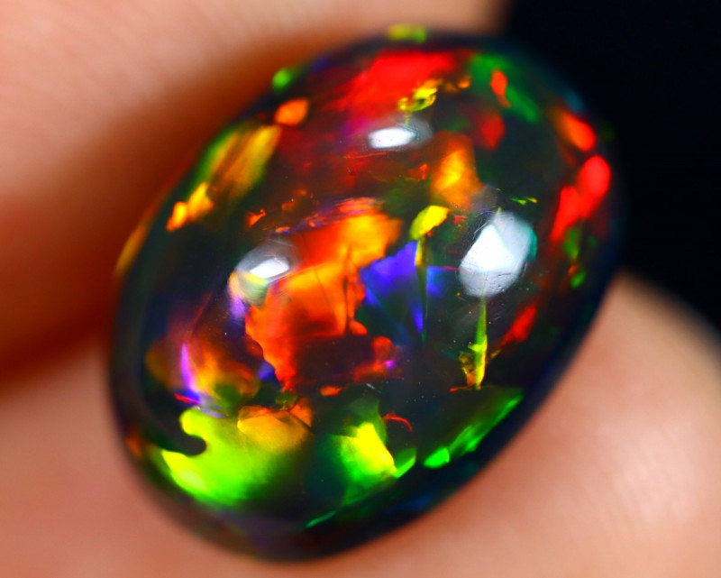 3.41cts Natural Ethiopian Smoked Welo Opal / BF8027