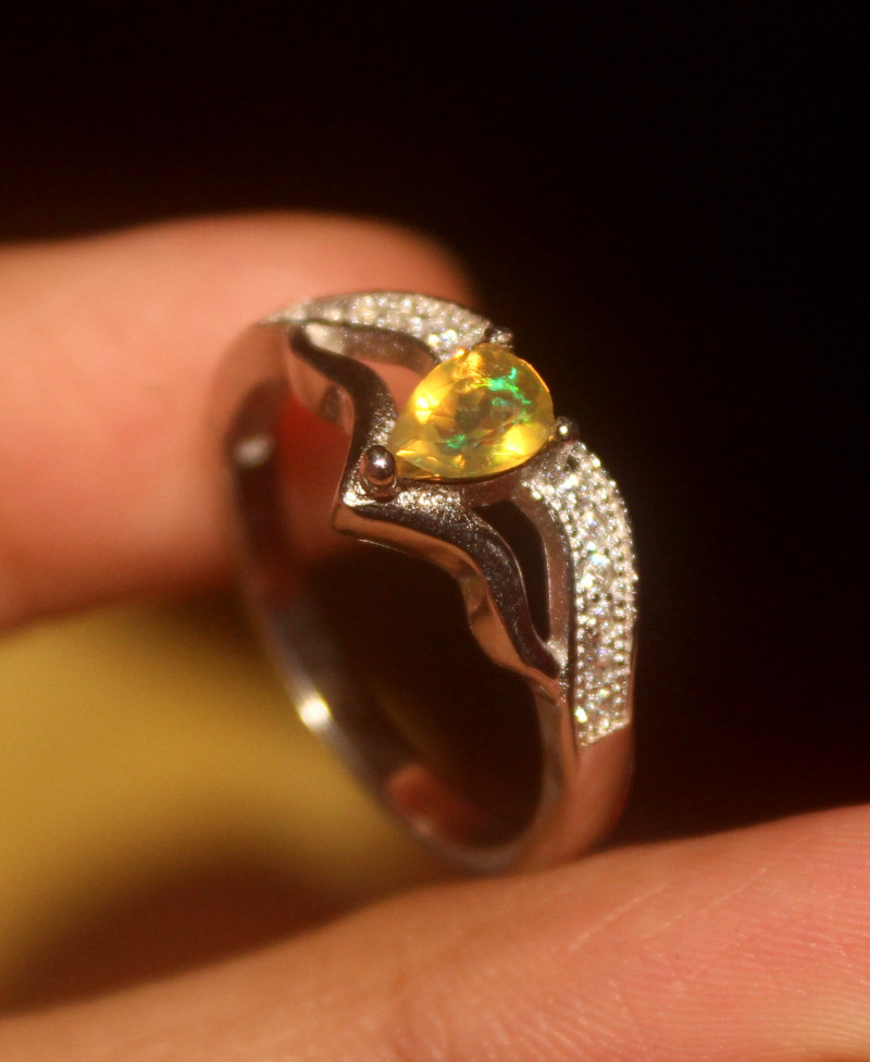 Natural Welo Opal 925 Silver Ring  56