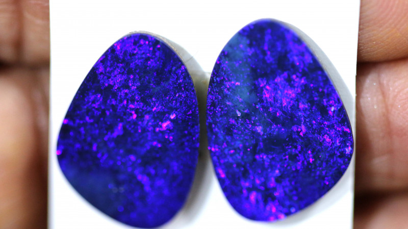 12.02 cts opal doublet pair  lo-6849 lightningopals