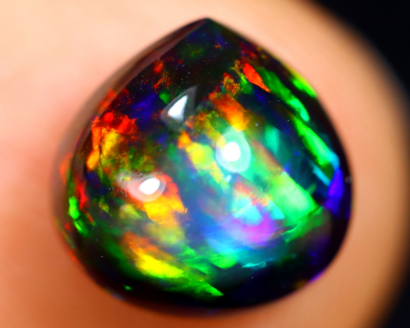 1.43cts Natural Ethiopian Welo Smoked Opal / BF9081