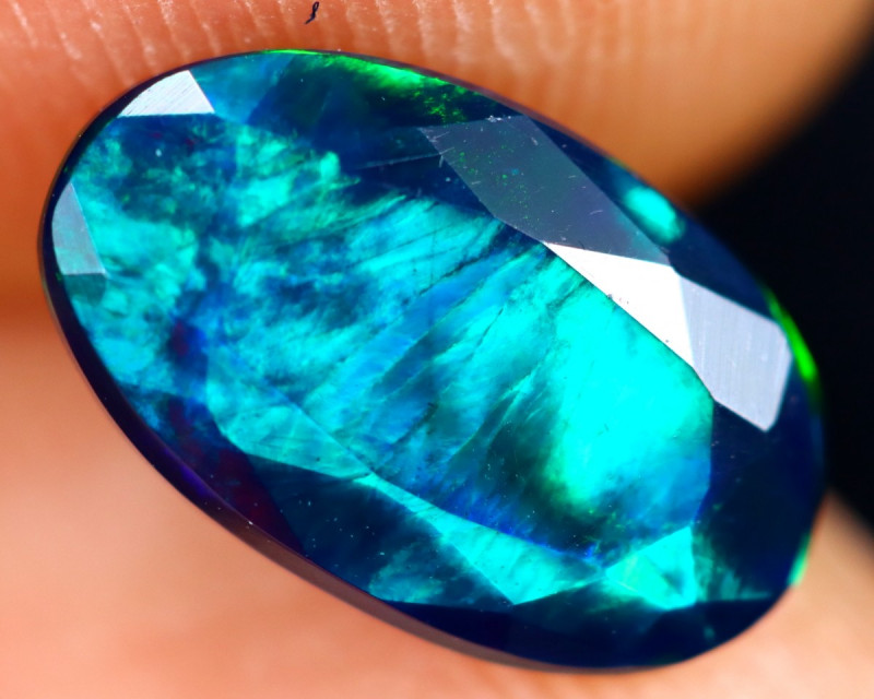 1.09cts Natural Ethiopian Welo Faceted Smoked Opal / HM3271