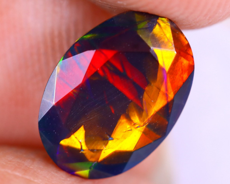 1.41cts Natural Ethiopian Welo Faceted Smoked Opal / HM3325