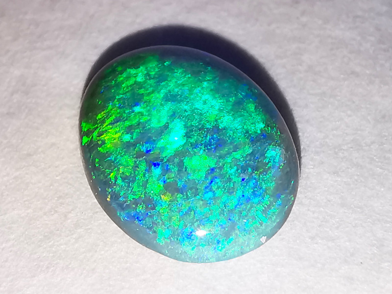Lightning Ridge Australia - Solid Dark Opal - 1.9 cts