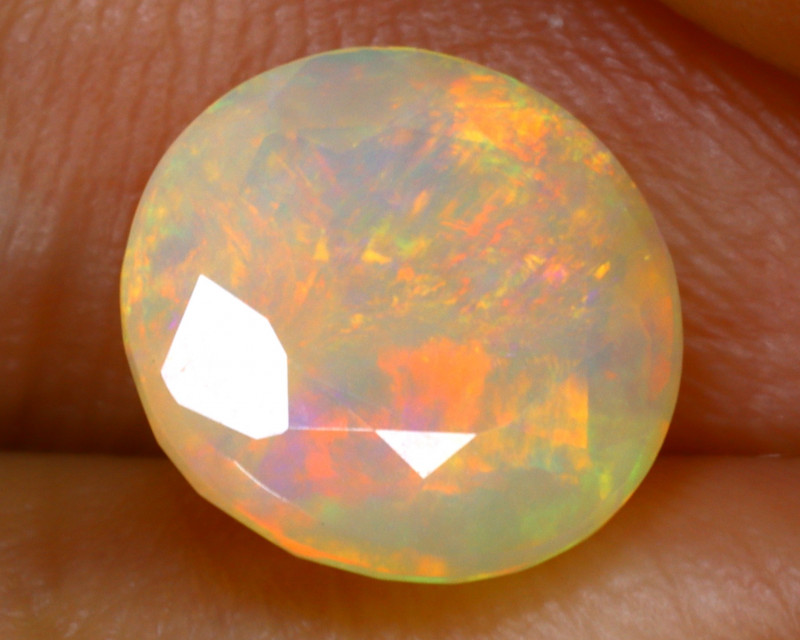 Welo Opal 1.70Ct Natural Faceted Ethiopian Play of Color Opal G2607/A44