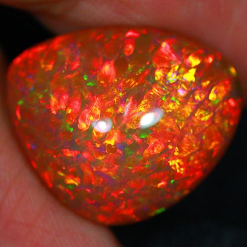 19.98 CT Dark Brown Base!! Redflash Pattern!! Ethiopian Opal S2-41