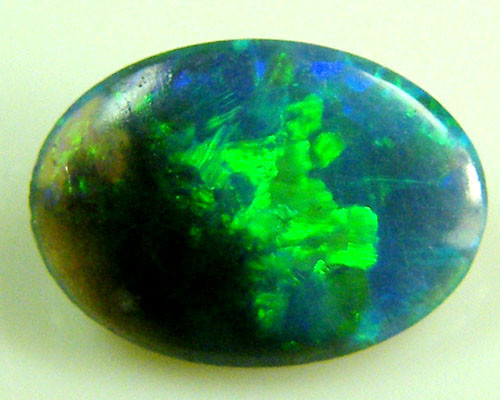 BLACK OPAL IDEAL RING STONE GREEN HUES . .35  CTS   QO 2349