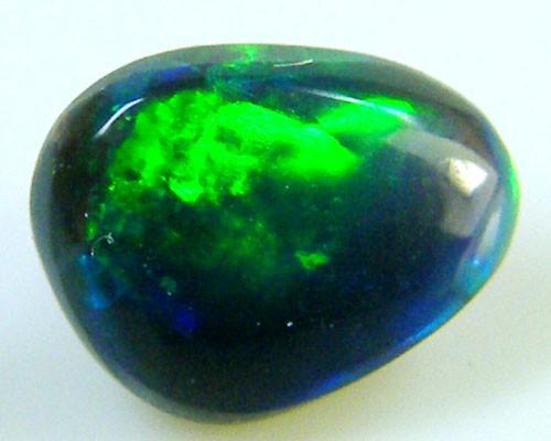 BLACK OPAL IDEAL RING STONE GREEN HUES   .30 CTS   QO 2428