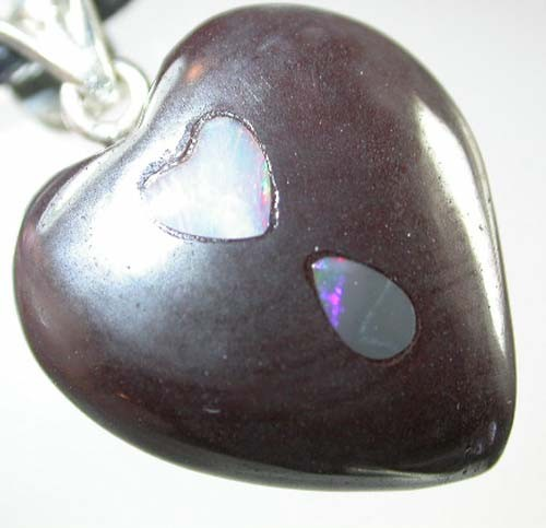 HEART SHAPED BOULDER PENDANT 21  CTS  [BMA 45]   ]