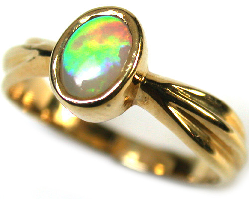 ROLLING GREEN FIRE CRYSTALOPAL 18K GOLD RING SIZE 7 SCA1283
