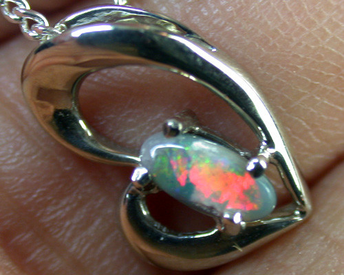 BLACK OPAL 18K WHITE GOLD PENDANT 0.70 CTS SCA1299