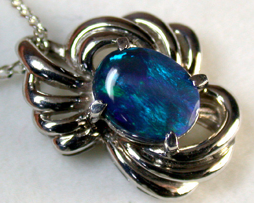 DEEP BLUES FLASH BLACK OPAL PLATINUM PENDANT 1.4CTS SCA1355