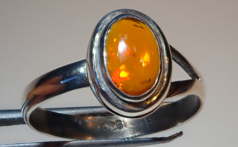 5.75size Natural Mexican Opal .925 Sterling Silver