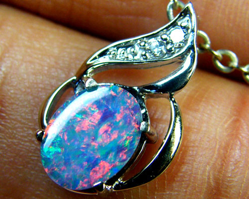 SUNSET RED FLASH DOUBLET OPAL 14K GOLD PENDANT 1.2CTS  MY185