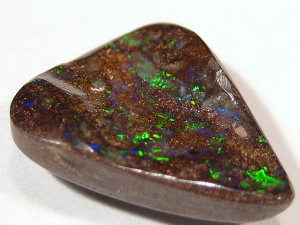 Gem green/blue boulder opal