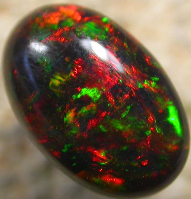VIDEO-QUALITY  N1 RICH RED ORANGE SOLID OPAL 3.50 CTS [S102 ]